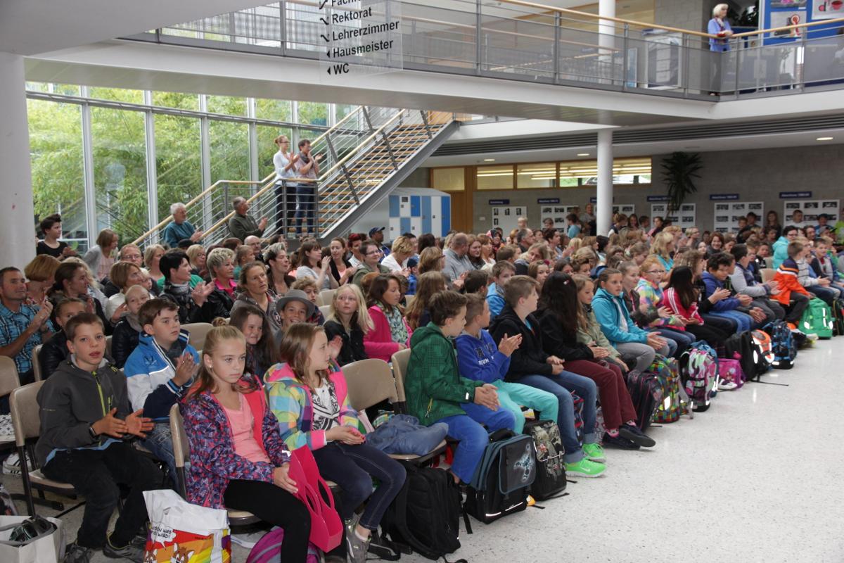 Abt Bessel Realschule In Buchen Erster Schultag In Der